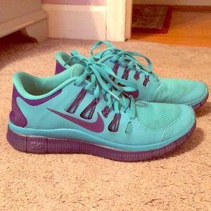 Nike Free Run Sneakers